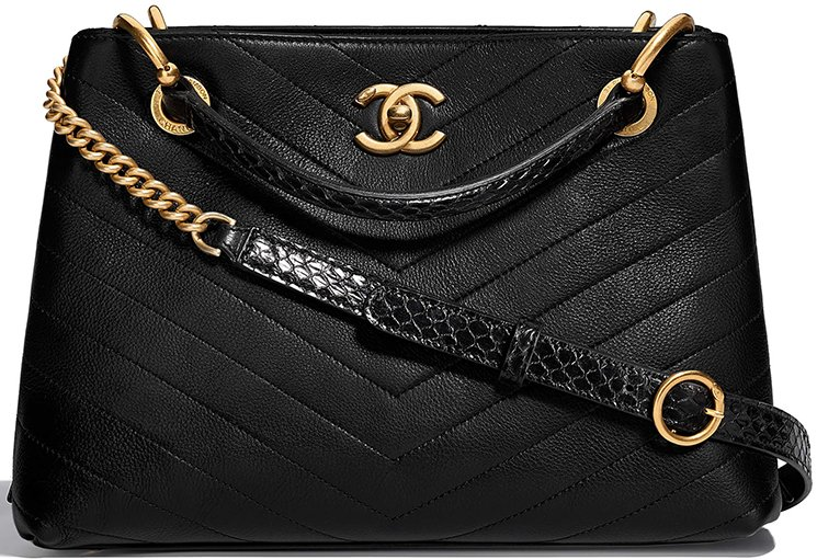 Chanel-Chevron-Chic-Bag-Collection-11
