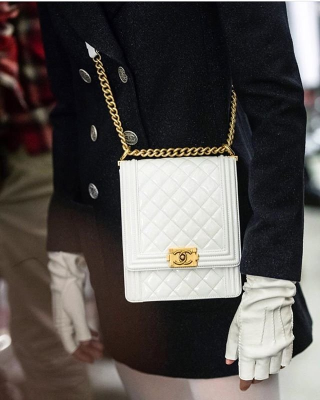 Chanel-Cruise-2019-Collection-Preview-19