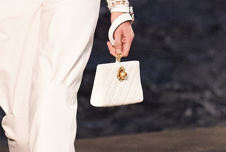 Chanel-Cruise-2019-Collection-Preview-6