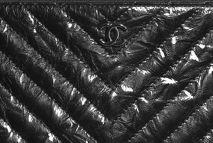 Chanel-Crumpled-So-Black-Classic-O-Case-4
