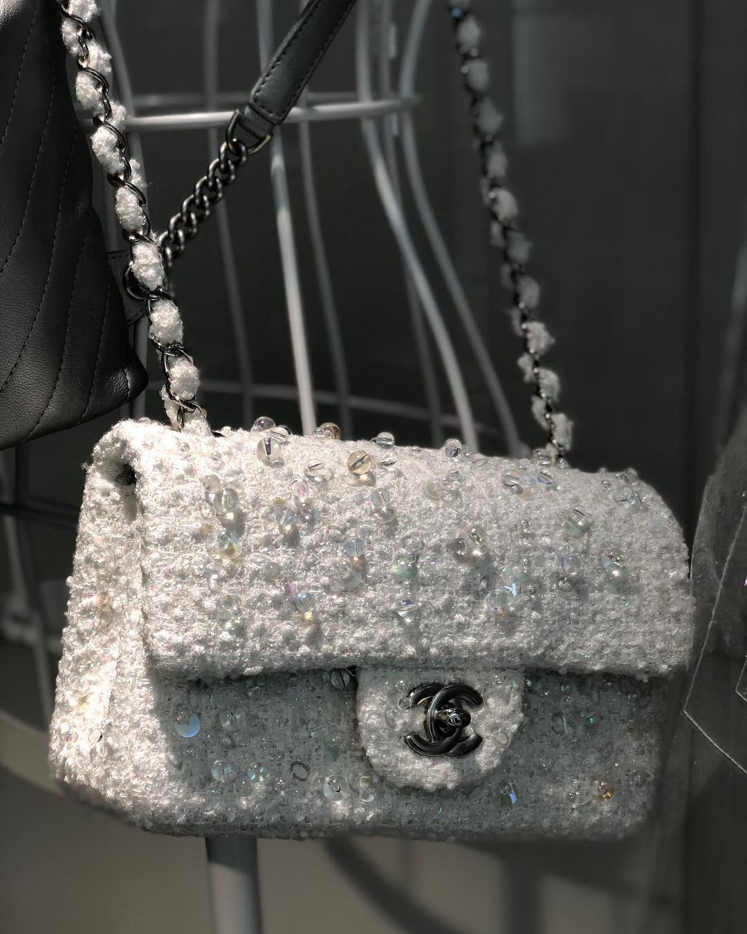Chanel-Embroidered-Tweed-Classic-Flap-Bag-7