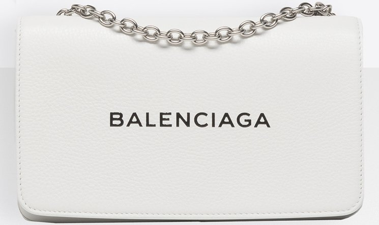 Balenciaga-Everyday-Chain-Wallet-Bag