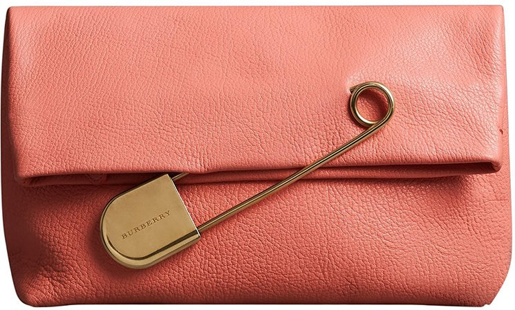 Burberry-Pin-Clutch-Bag-14