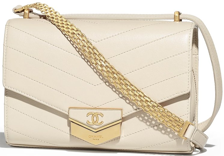 Chanel-Chevron-Medal-Flap-Bag-7