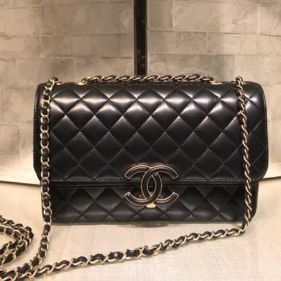 Chanel-Enamel-CC-Flap-Bag-8