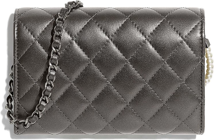 Chanel-Pearl-Classic-Clutch-With-Chain-2