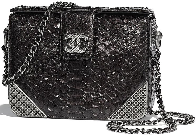 Chanel-Pre-Fall-2018-Bag Collection-46
