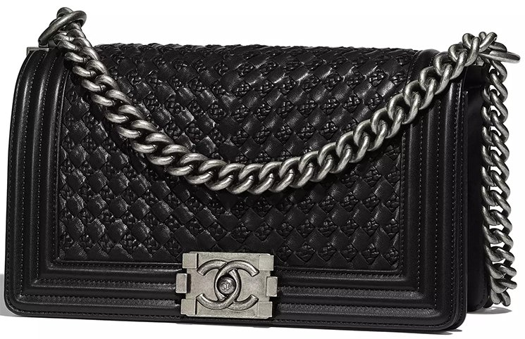 Chanel-Pre-Fall-2018-Bag Collection-53