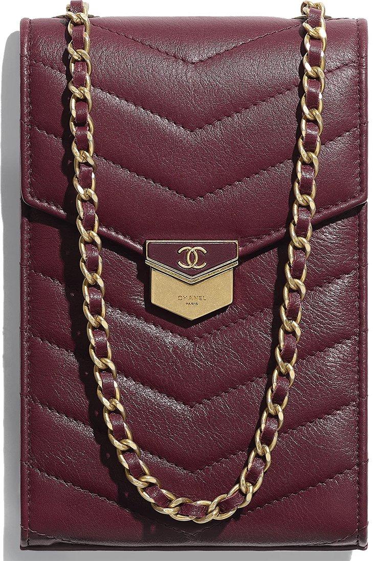 Chanel-Chevron-Medal-Mini-Clutch-With-Chain