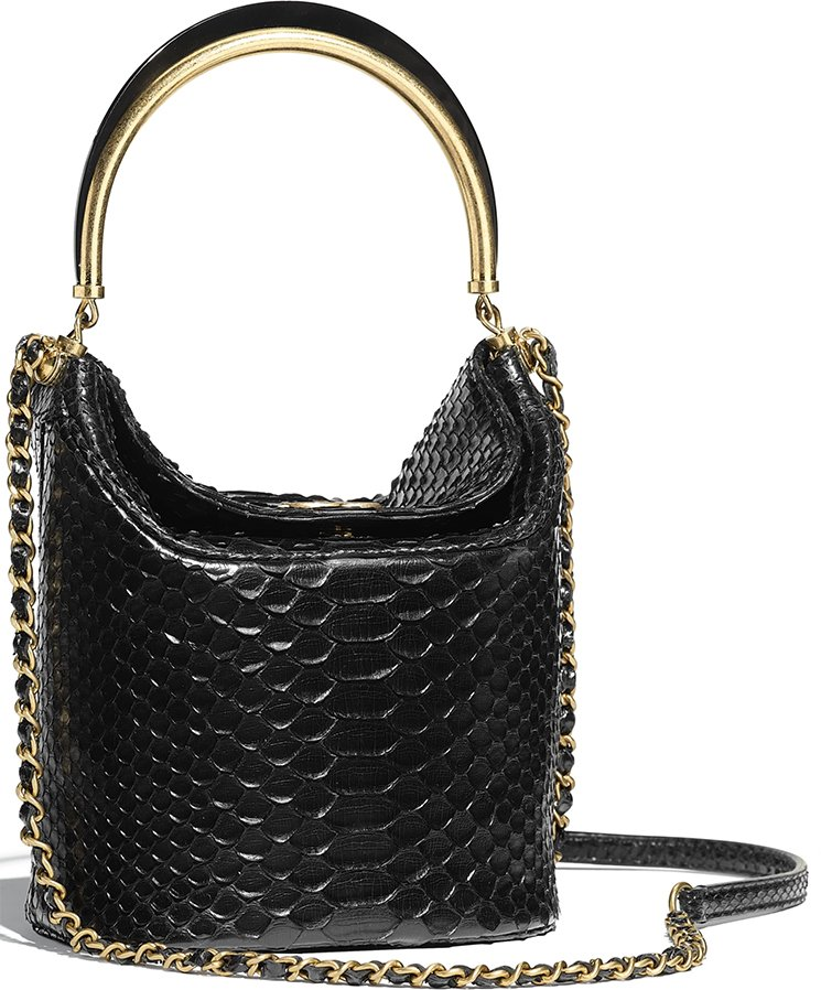 Chanel-Handle-With-Chic-Bag-5