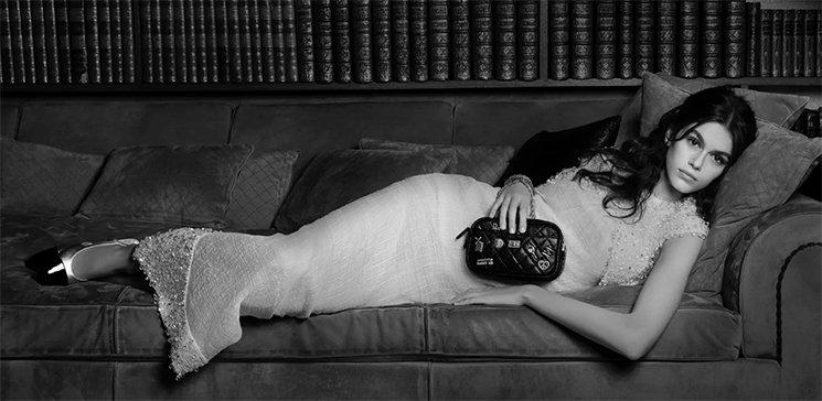 Chanel-Reissue-2.55-Camera-Bag-11