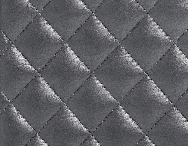 2ba24f911f42 Who doesn't recognize the Classic Quilted WOC? The number 1 choice when it  comes to mini shoulder bag.