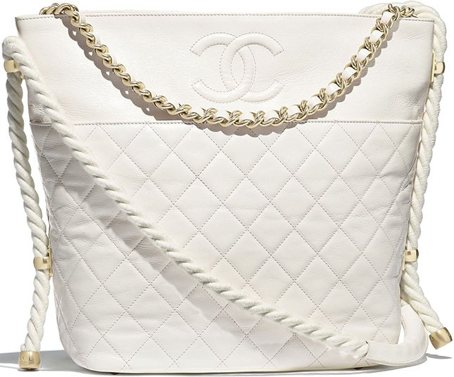 Chanel En Vogue Hobo Bag