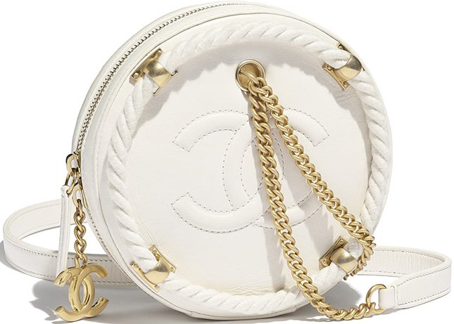 Chanel En Vogue Small Round Bag
