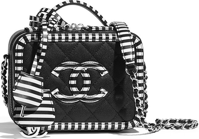 Chanel CC Filigree Small Vanity Case
