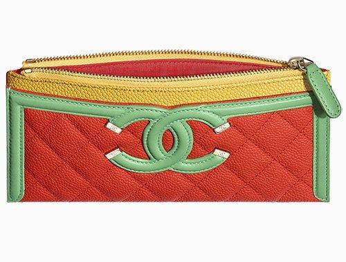 Chanel CC Filigree Pouch thumb