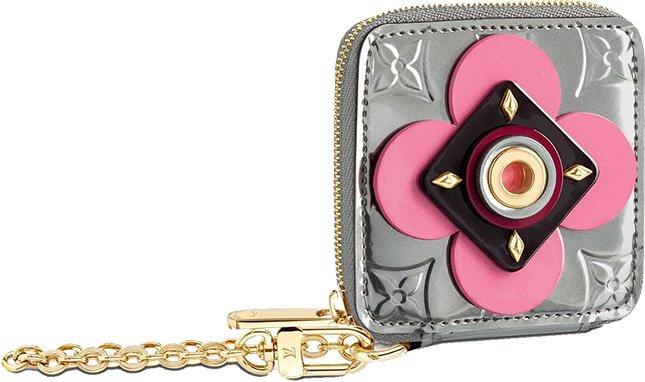 Louis Vuitton Porte Monnaie Carre Coeur Rond