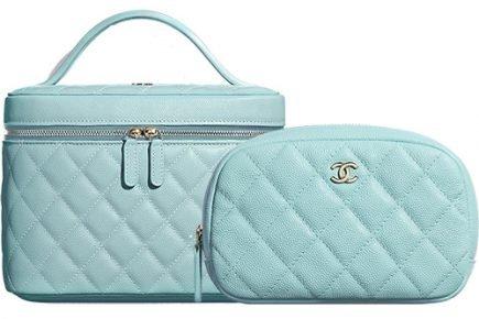 Chanel Makeup Bag Prices thumb