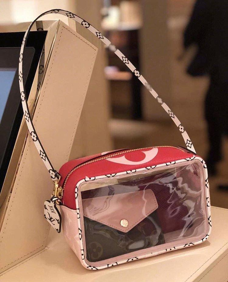 Louis Vuitton Beau Pouch fb