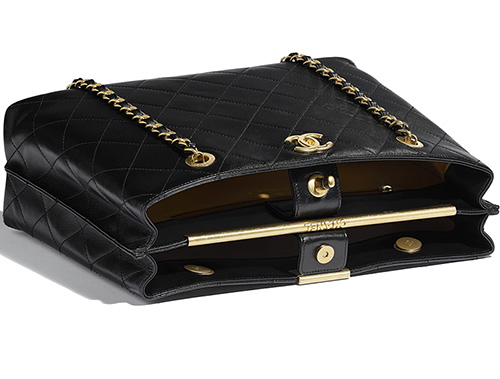 Chanel Large Shopping Bag With Signature Plate thumb