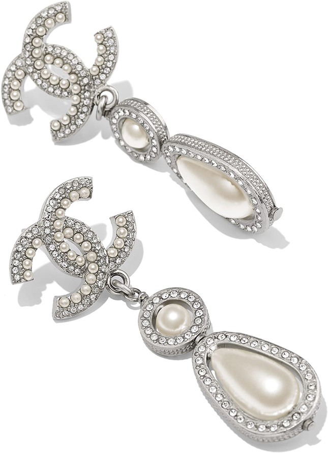 Chanel Earring FW Collection Act
