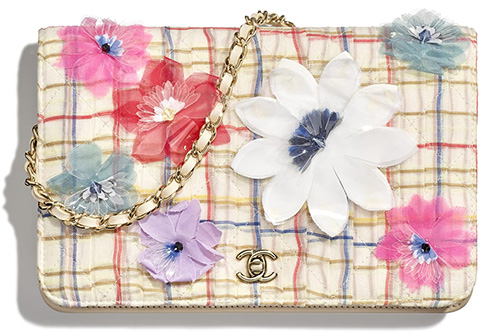 Chanel Block Quilted Flower WOC thumb