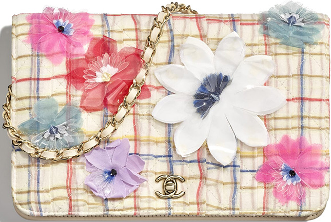 Chanel Block Quilted Flower WOC