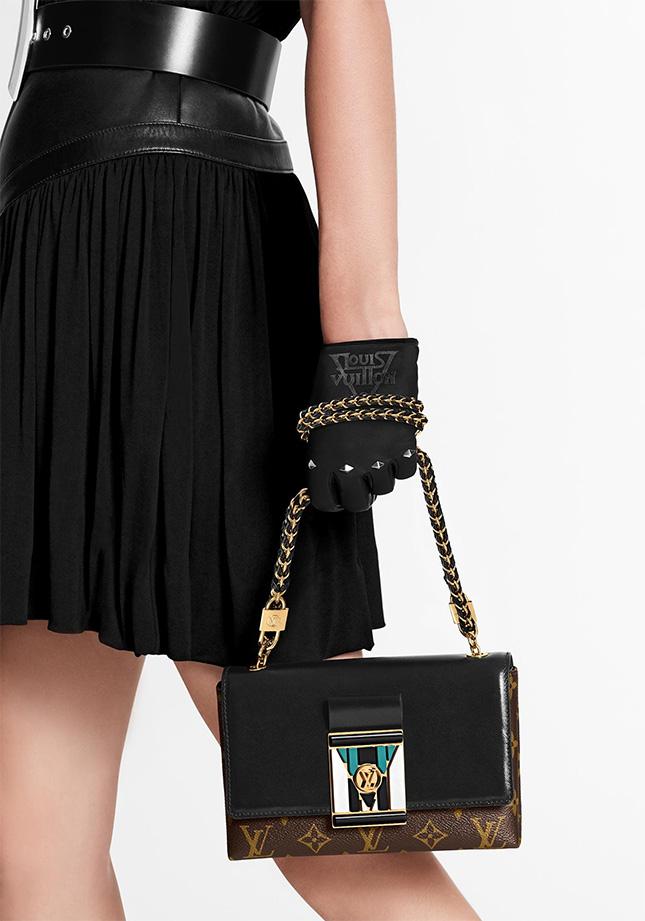 Louis Vuitton Thelma Pochette