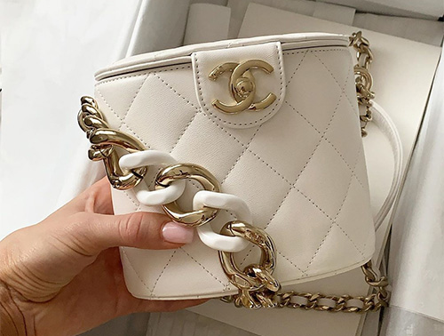 Chanel Vanity Case With Color Strap thumb