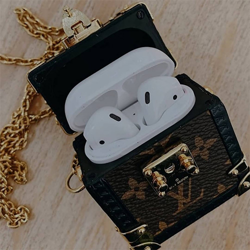 Louis Vuitton Petite Malle Airpods Case thumb