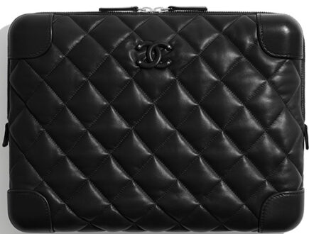 Chanel Classic Trunk Case thumb