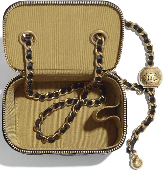 Chanel Classic Box With Chain