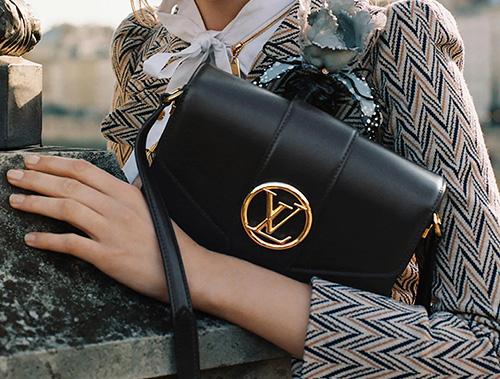 Louis Vuitton Pont Bag thumb
