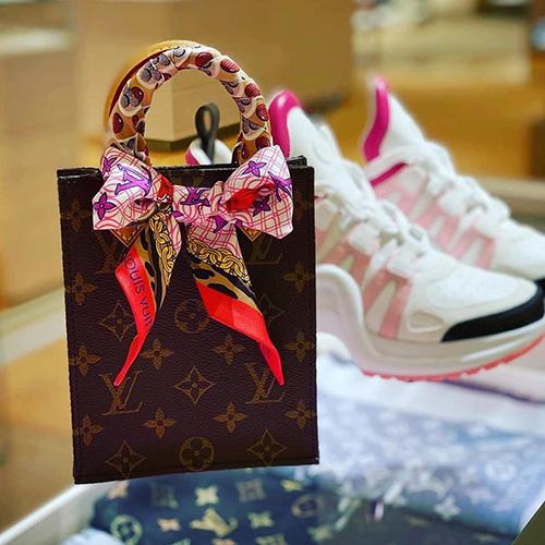 Louis Vuitton Petit Sac Plat Bag thumb