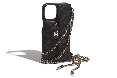 Chanel iPhone Classic Case With Chain thumb