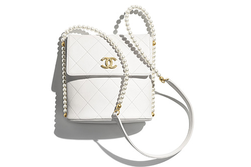Chanel Small Hobo Bag With Pearl Chain thumb