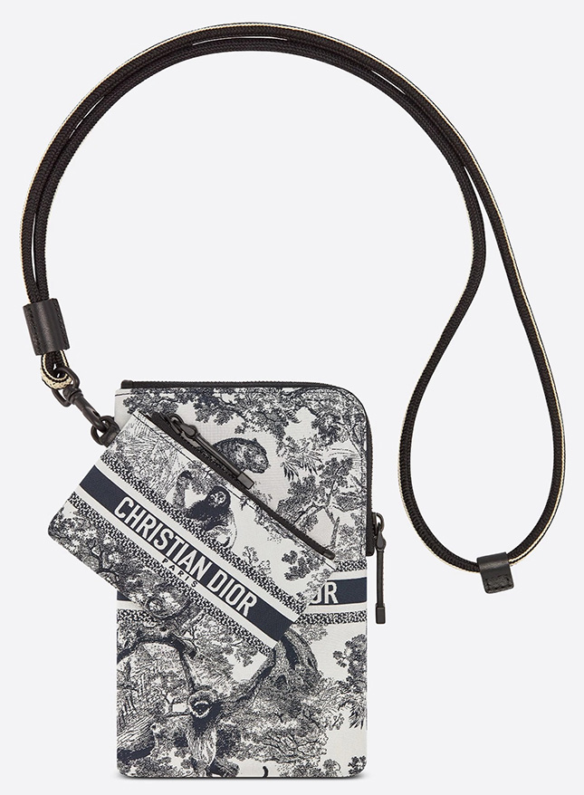 DiorTravel Multifunction Pouch
