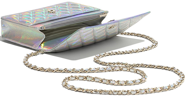Chanel Shiny Rainbow On Quilt WOC