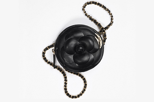 Chanel Camellia Clutch With Chain thumb