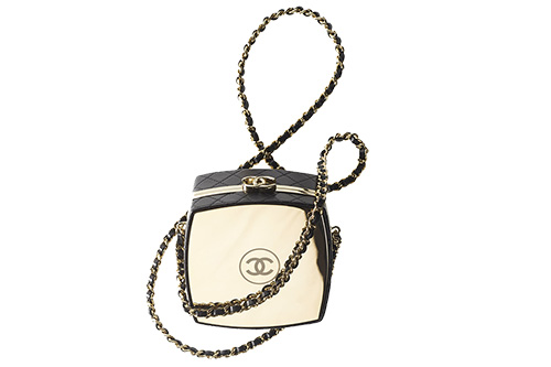 Chanel Make Up Box Clutch With Chain thumb